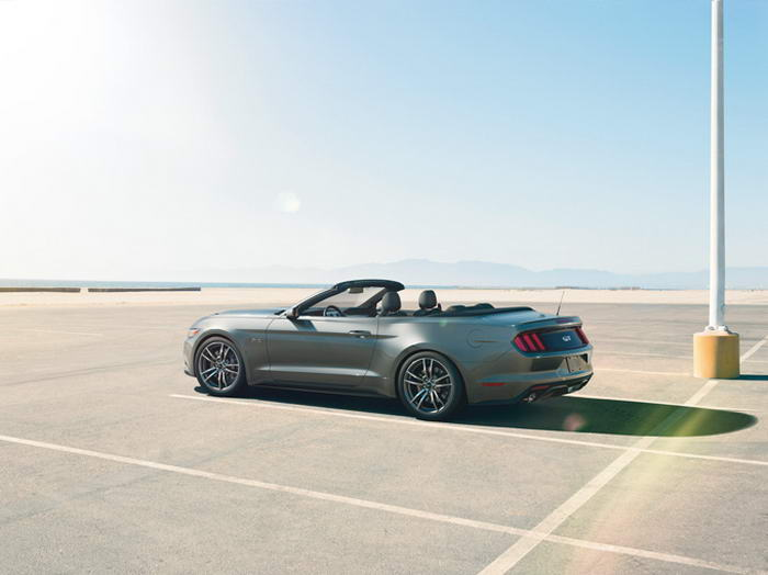 Ford Mustang 2015 (14)