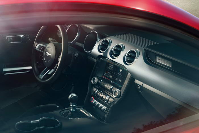 Ford Mustang 2015 (3)