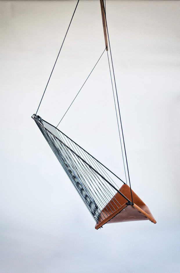 Cello Hanging Chair by Félix Guyon (6)