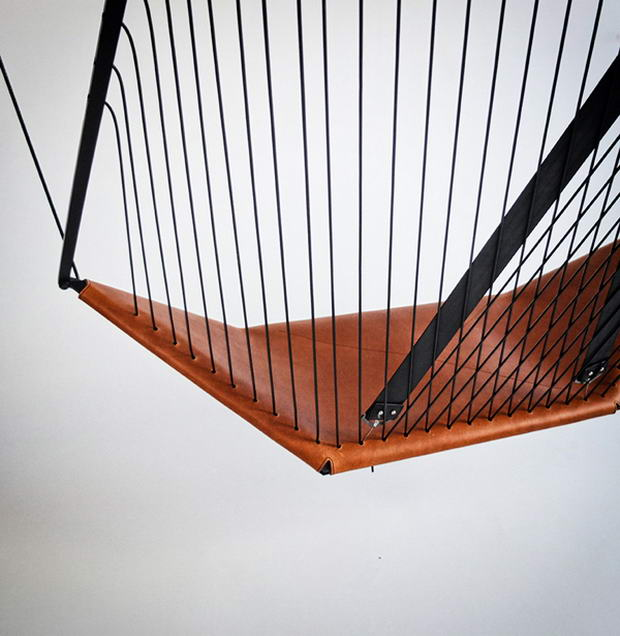 Cello Hanging Chair by Félix Guyon (4)