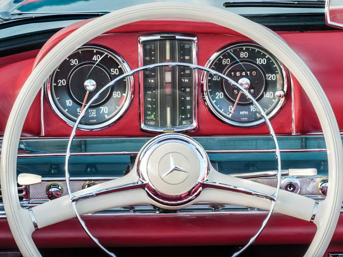 Mercedes-Benz 300SL Roadster (5)