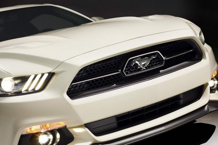 Ford Mustang 50 Year Limited Edition (1)