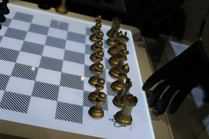 Couture Chess by Tony Raymonzrek (1)