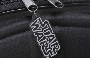 Darth Vader Rolling Luggage_3