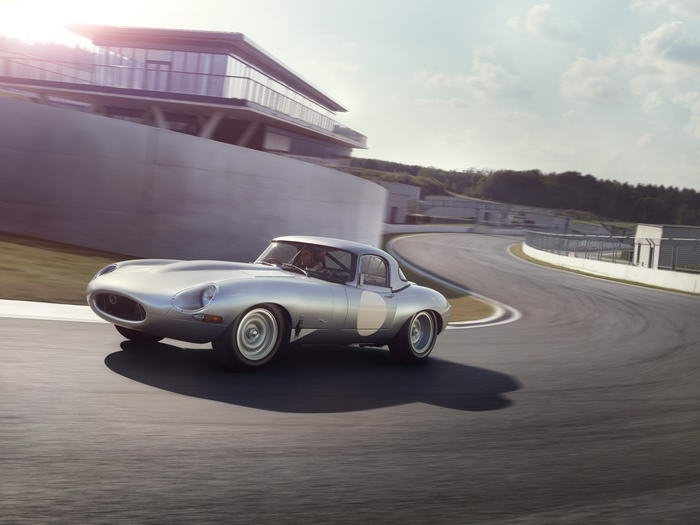 Jaguar E-type (12)