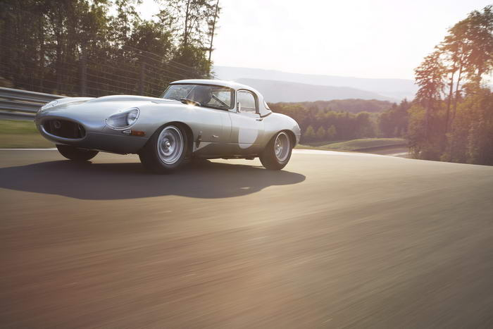 Jaguar E-type (5)