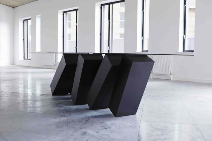 Megalith Table (3)