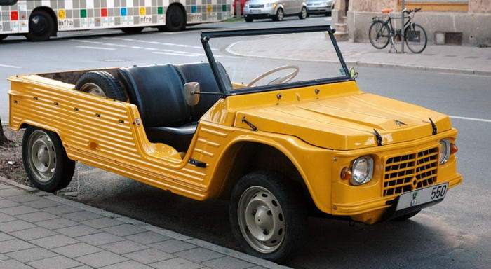 Old Citroen E Mehari